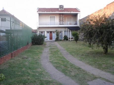 Casa Dos Dormitorio En Sayago. Gran Oportunidad.