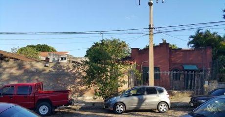 Expectacular Terreno Ubicado A Una Cuadra De Peru Y Artigas, Ideal Edificio!!