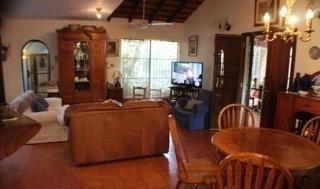 Casa Totalmente Amoblada En Barrio Los Mangales