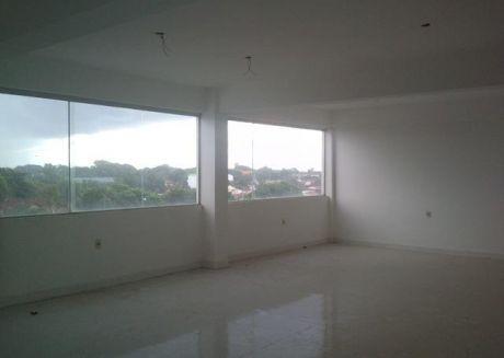 Alquilo Para Call Center 600  M2 De Oficina En Villa Morra
