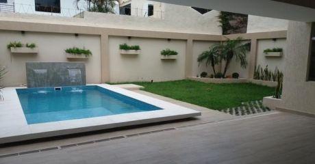 Fina Residencia A Estrenar En Barrio Mburucuya Minimalista