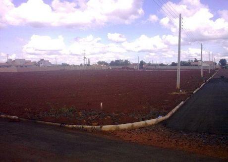 Vendo Terreno Con Inmejorable UbicaciÓn En  La Pujante Santa Rita