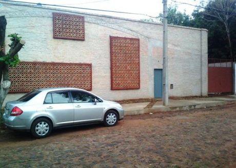 Alquilo Deposito Con Oficinas Sup Total 750m2 En Fdo De La Mora