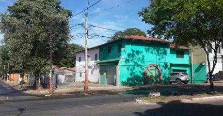 Casa Como Terreno En Venta Sobre Felix Bogado