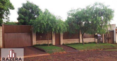 Uma Casa Localizada No Bairro Nova Santa Rita.
