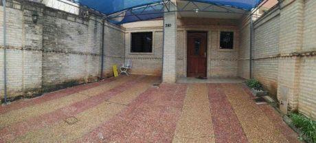 Alquilo Duplex En Fernando De La Mora Zona Norte  A 2 Cuadras De Mcal Lopez