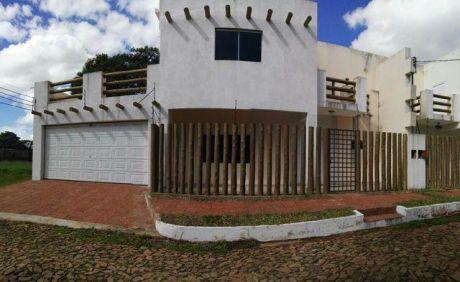 Alquilo Amplio Y Moderno Duplex En Fernando De La Mora Zona Norte A 1 Cuadra De La Avda Ettiene