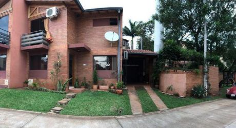 Alquilo Duplex En Fernado De La Mora Zona Norte En Barrio Cerrado