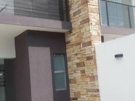 Vendo Última Unidad De Duplex Con Piscina. A 6 Cuadras Quartier Las Marias