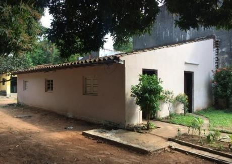 Vendo Casa En Barrio Mcal Estigarribia