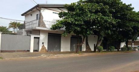 Vendo Amplia Casa En San Lorenzo