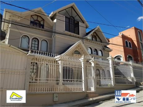 Codigo 12042 Casa En Venta, Achumani, La Paz, Bolivia