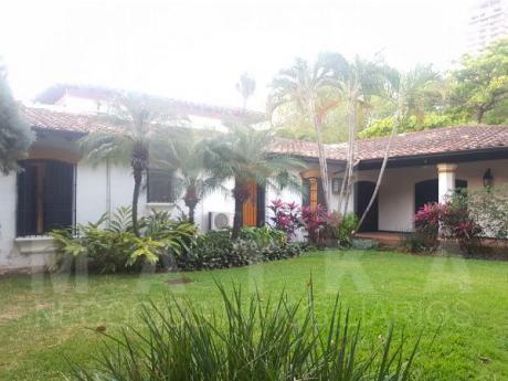 Residencia Colonial En Alquiler En Barrio Mburucuya