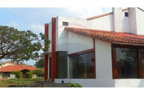 Casa En Venta En Condominio Amazonas