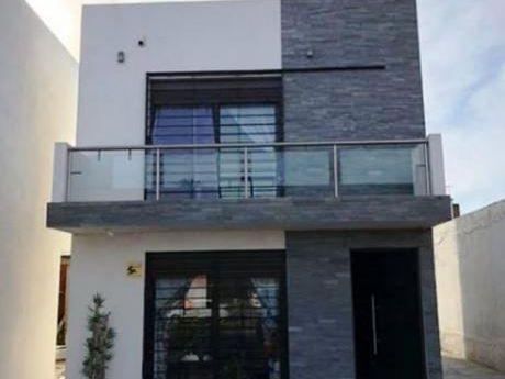 Casa 3 Dormitorios En Lomas De Solymar, Canelones