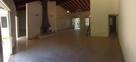 Alquilo Hermosa Casa Barrio Los Laureles