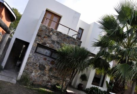 Alquilo Excelente Casa Con Fondo Al Lago Secco Illa