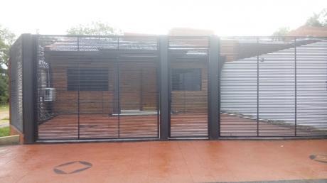 Duplex En Zona Del Yacht Y Colegio Sek