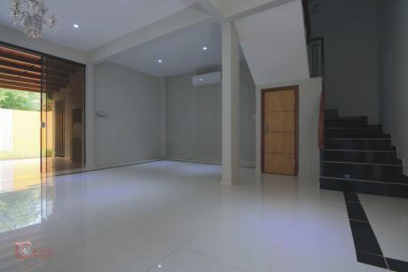 Vendo Duplex A Estrenar En Lambare Zona Canal 13