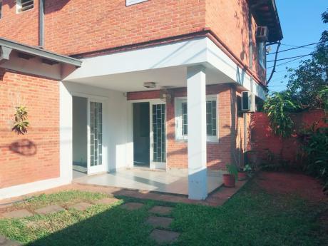 Alquilo Casa Zona Villa Morra