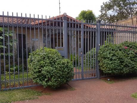 Vendo Casa En Planta Baja En Villamorra!