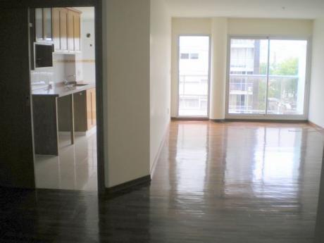 Apartamento En Venta De 3 Dormitorios Con 3 Gges En Pocitos