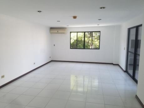 Alquilo Hermoso Departamento En El Centro De Asunción
