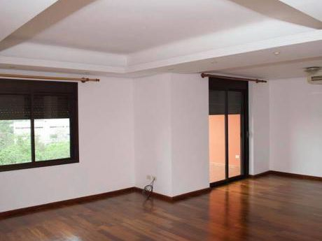 Depto De 2 Dormitorios En Edificio De Máximo Confort