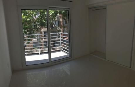 Apartamento 2 Dormitorio 1 Baño Tercer Piso