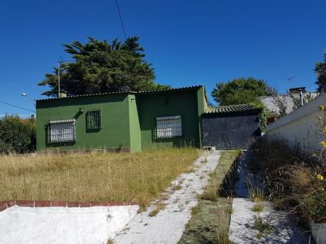 Casa De 2 Dorm.a 2 Cuadras De La Rambla