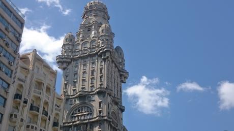 Palacio Salvo Fully Furnished 1 Bdrm Apt