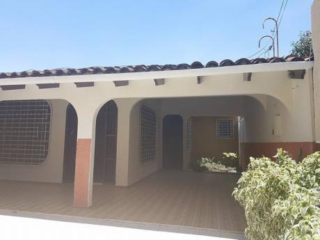 Casa En Alquiler  Zona Optima