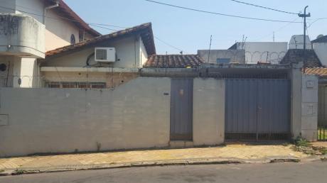 Tierra Inmobiliaria -  Hermosa Casa  Para Oficina En Las Mercedes!