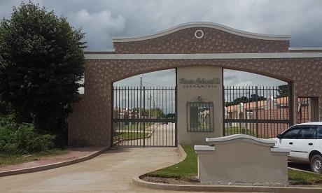 Casa A Estrenar En Condominio Cerrado Por La Virgen De Cotoca