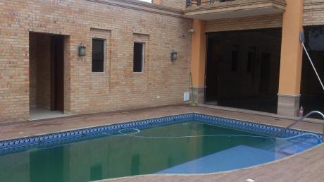 Alquilo Hermosa Residencia Zona Municipalidad De Asuncion