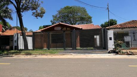 Vendo Casa A Estrenar En El 4to Barrio De Luque