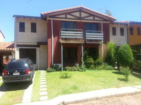 Hermoso Duplex En Barrio Cerrado Casasueño Sur