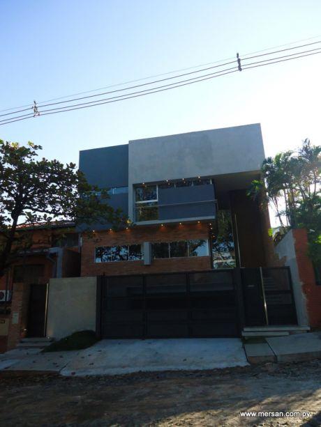 Hermosa Casa A Estrenar Zona Banco Central (227)