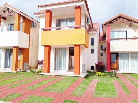 Hermosa Casa De 2 Plantas En Alquiler Zona Del Remanso 2