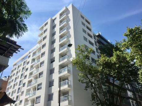 Venta Con Renta! Apartamento De 1 Dormitorio En Cordón Sur!