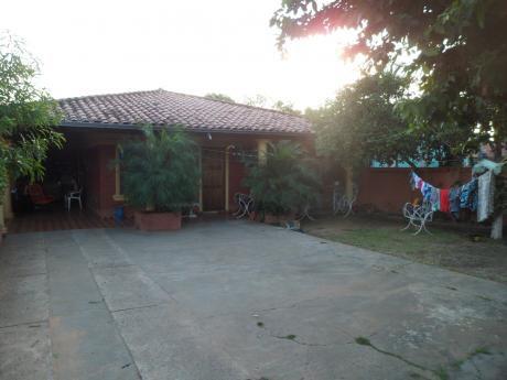Casa En Mariano Roque Alonso, Zona Rotonda