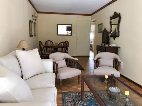 Alquiler Apartamento Pocitos Con Muebles 2 Dormitorios