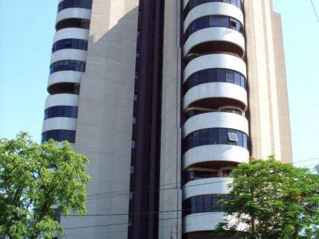 En Alquiler!! Oficina En El Edificio Asturias S/ Av. Mcal Lopez