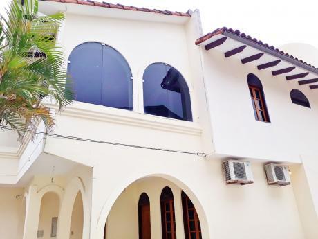 Hermosa Y Amplia Casa En Alquier Para Oficina O Vivienda