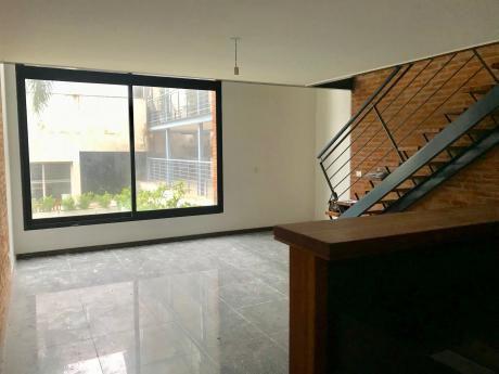 Moderno Loft Con Todos Los Amenities !!