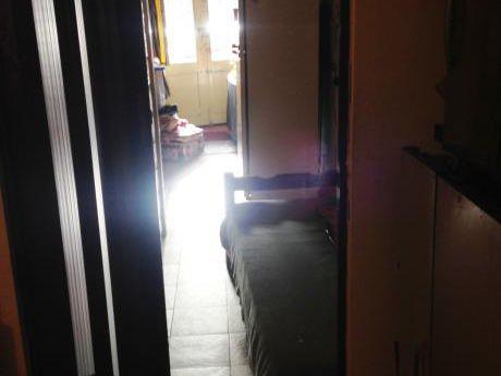 Casa De 1 Dormitorio En Ph