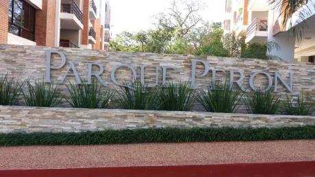 Penthouse, Parque Peron