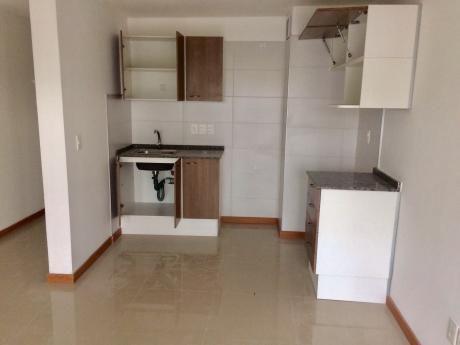 Alquiler Apartamento 1 Dormitorio En Cordón