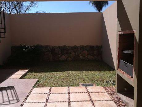 Vendo 2 Duplexs Amplios A Estrenar ( 2 Cuadras De Laguna Grande )