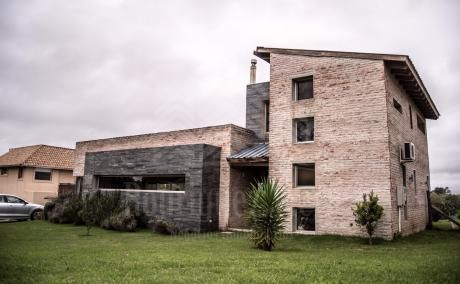 Casa 3 Dormitorios - Altos De La Tahona